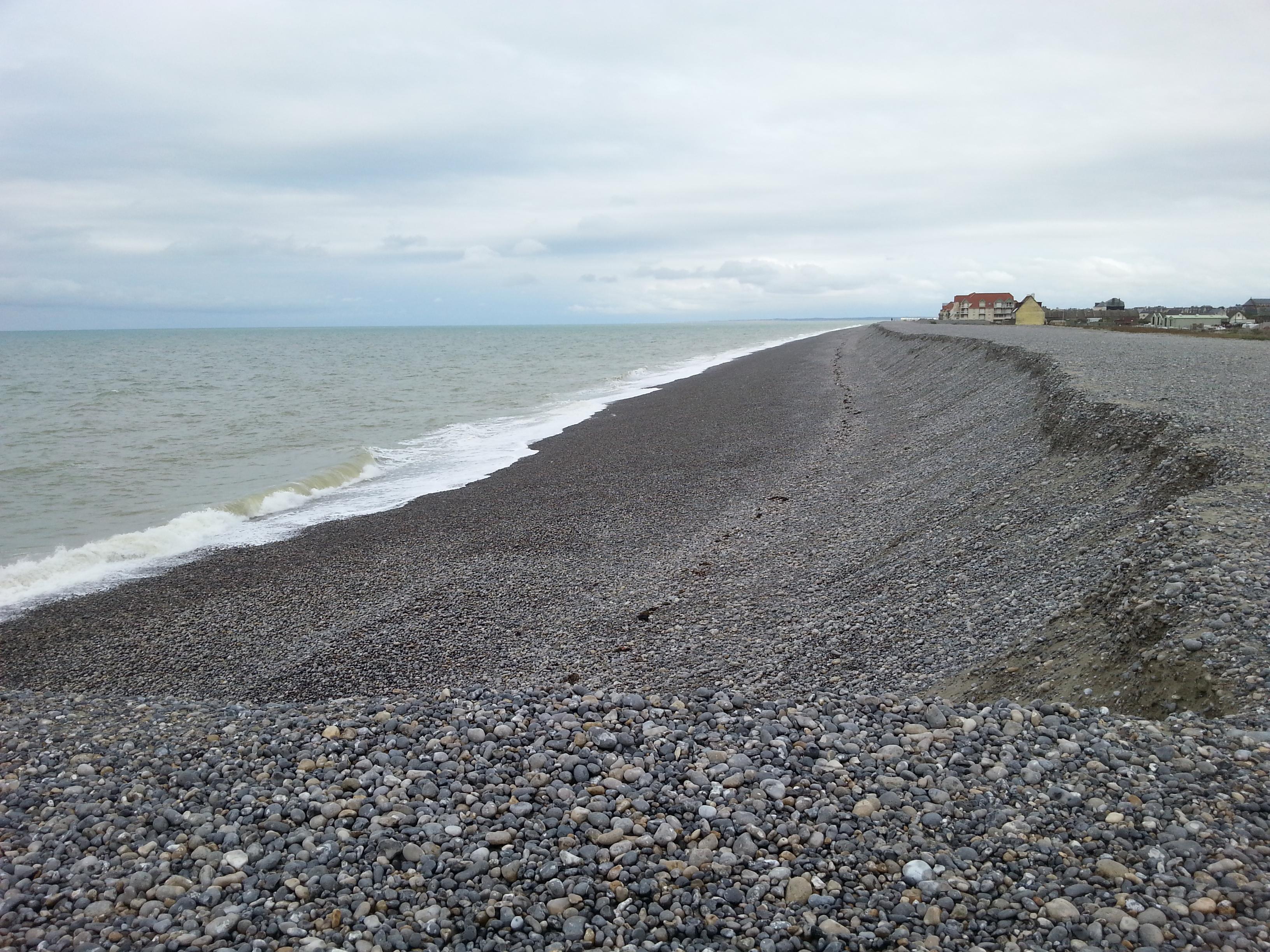 Cayeux-sur-Mer depuis l'amer sud. Septembre 2013, avant la construction des 24 nouveaux épis