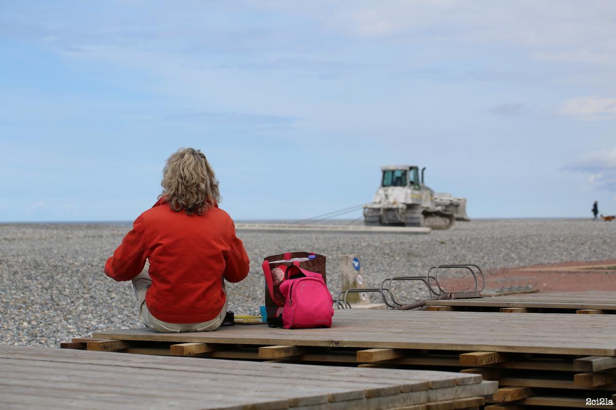 Cayeux, pause sur la plage, un jour de printemps